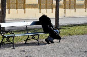 homeless-2216479_1920